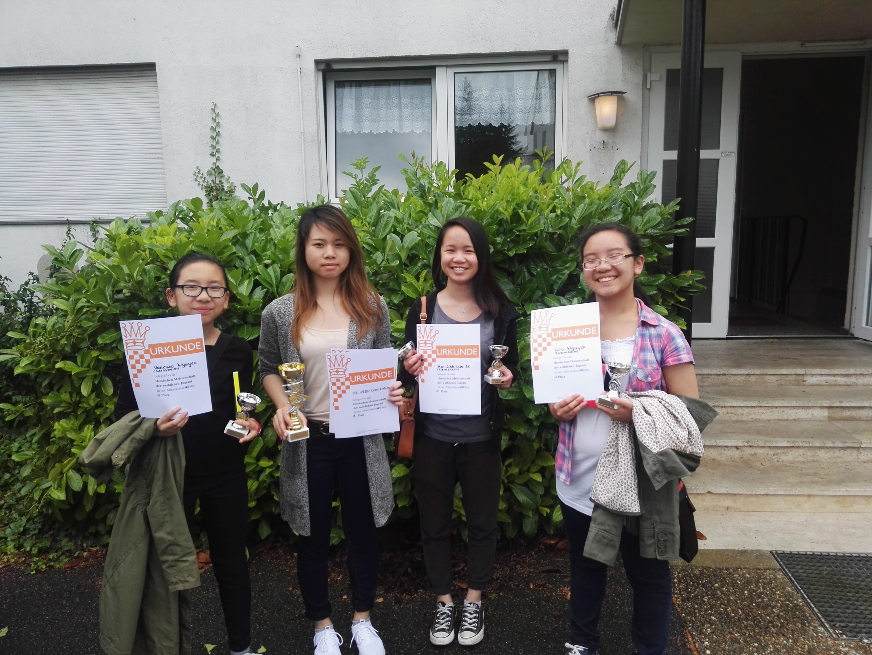Das siegreiche Team v.l.n.r: Vanessa, Kim, Mai Linh, Julia